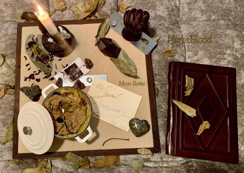 Herbsblood-moonbutter-stacey